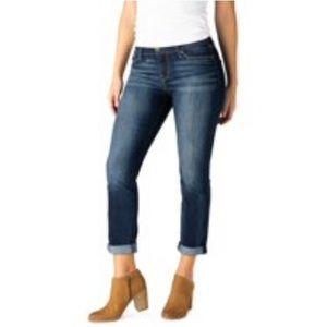 👖 Levi Cuffed Jeans